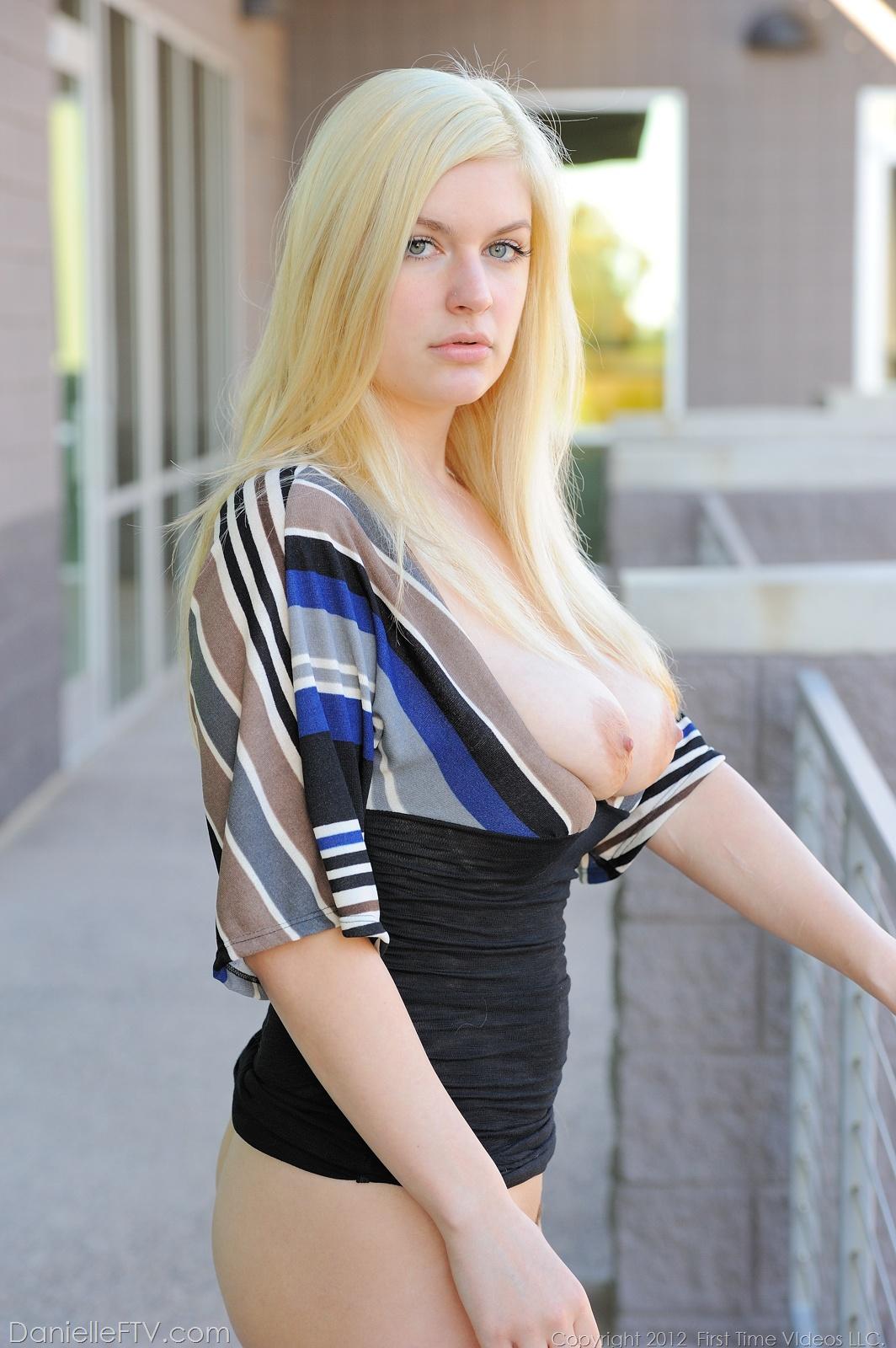 Danielle FTV - Danielle FTV Masturbating Pussy at AmateurIndex.com