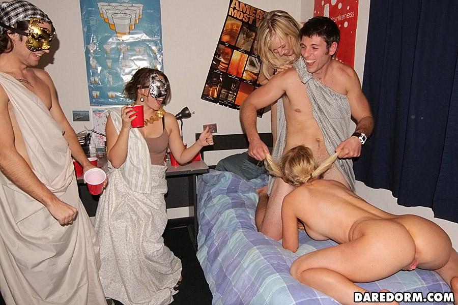 Dare Dorm - Dorm Porn Party at AmateurIndex.com