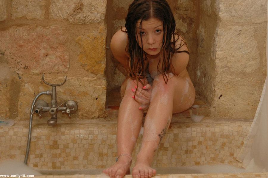 Lauren holly actress topless