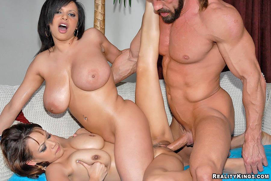 Big Tits Threesome Hot Tub