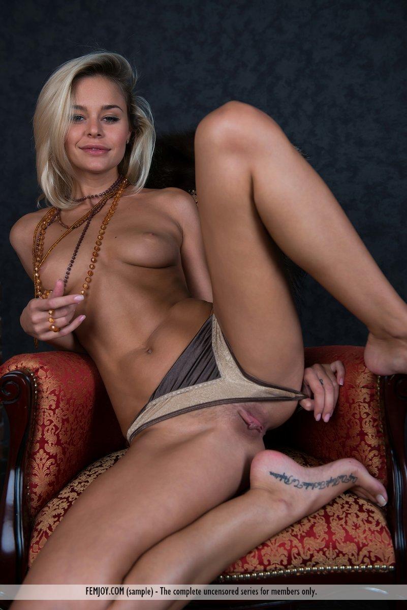 Girls Pussy In Panties