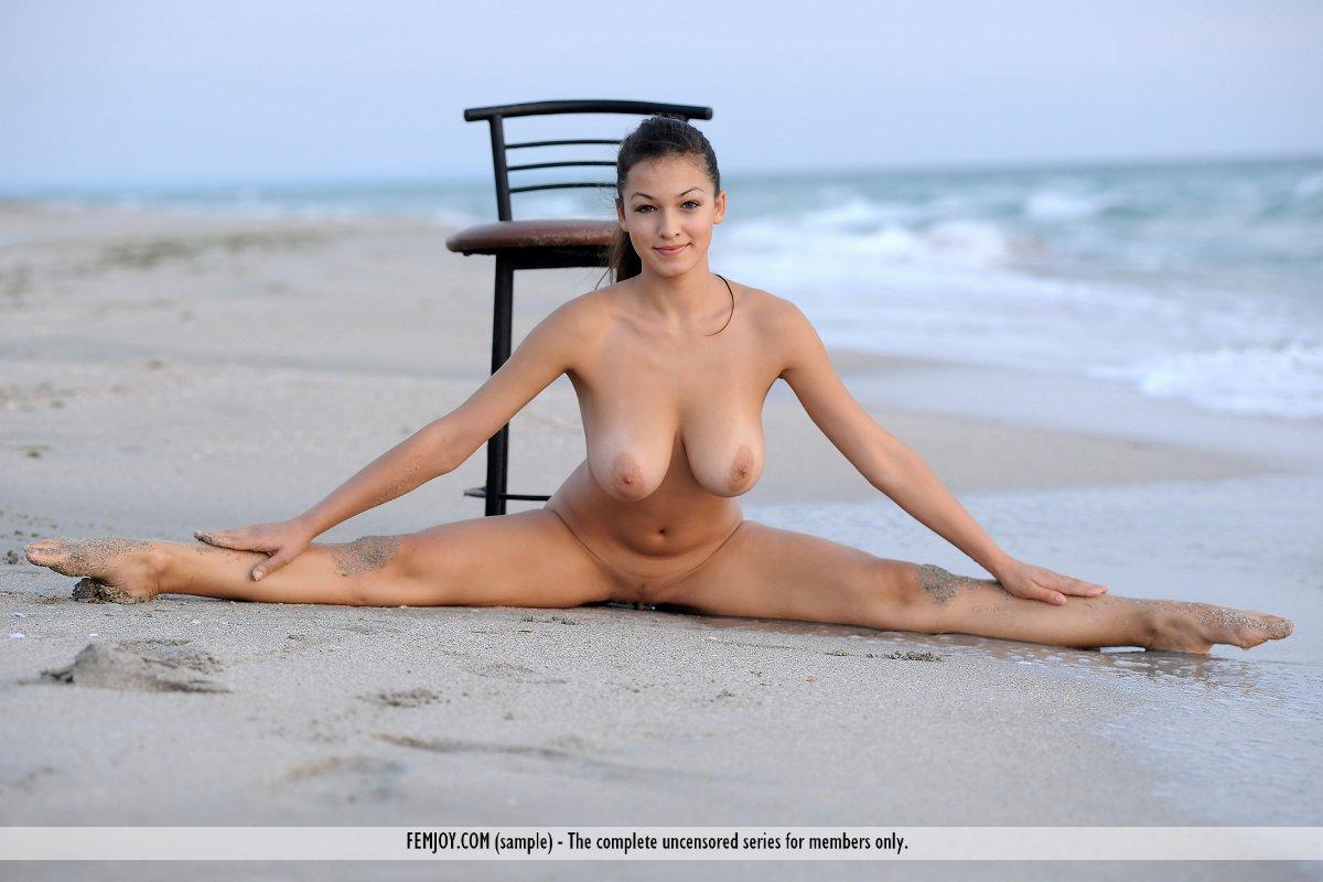 girls nude doing housework