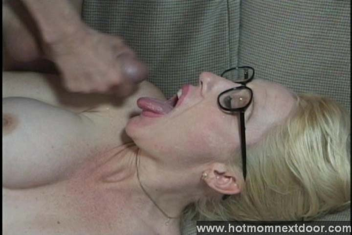 Blonde Amateur Needs Dick - KeezMoviescom