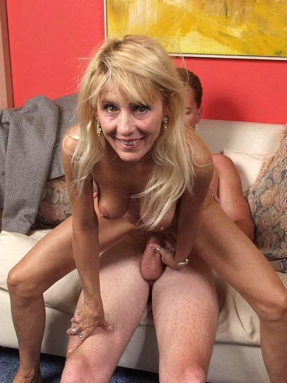 hardcore Blonde mature