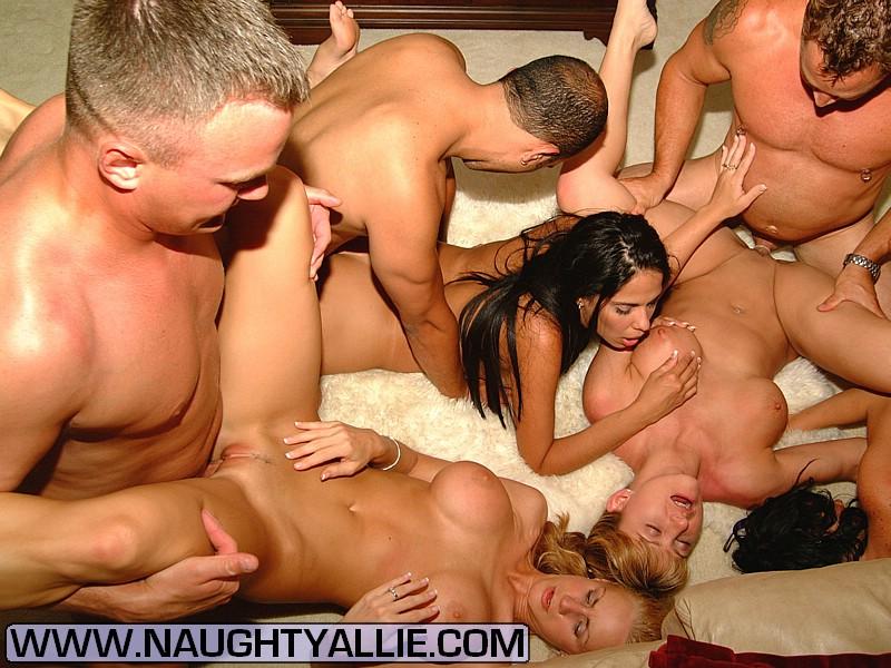 Videos Dirty Amateur Teens Orgy