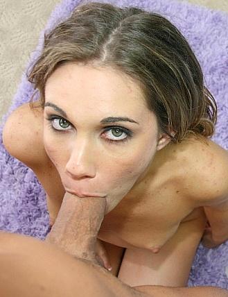 Amateur female mature nude posing