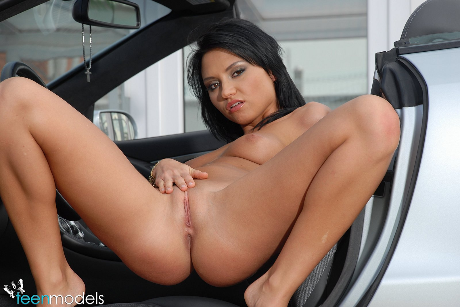 Sports Cars With Porn Girls