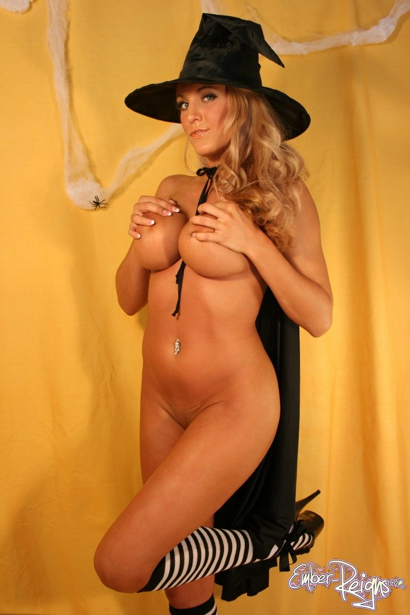 sexy nude wood witches