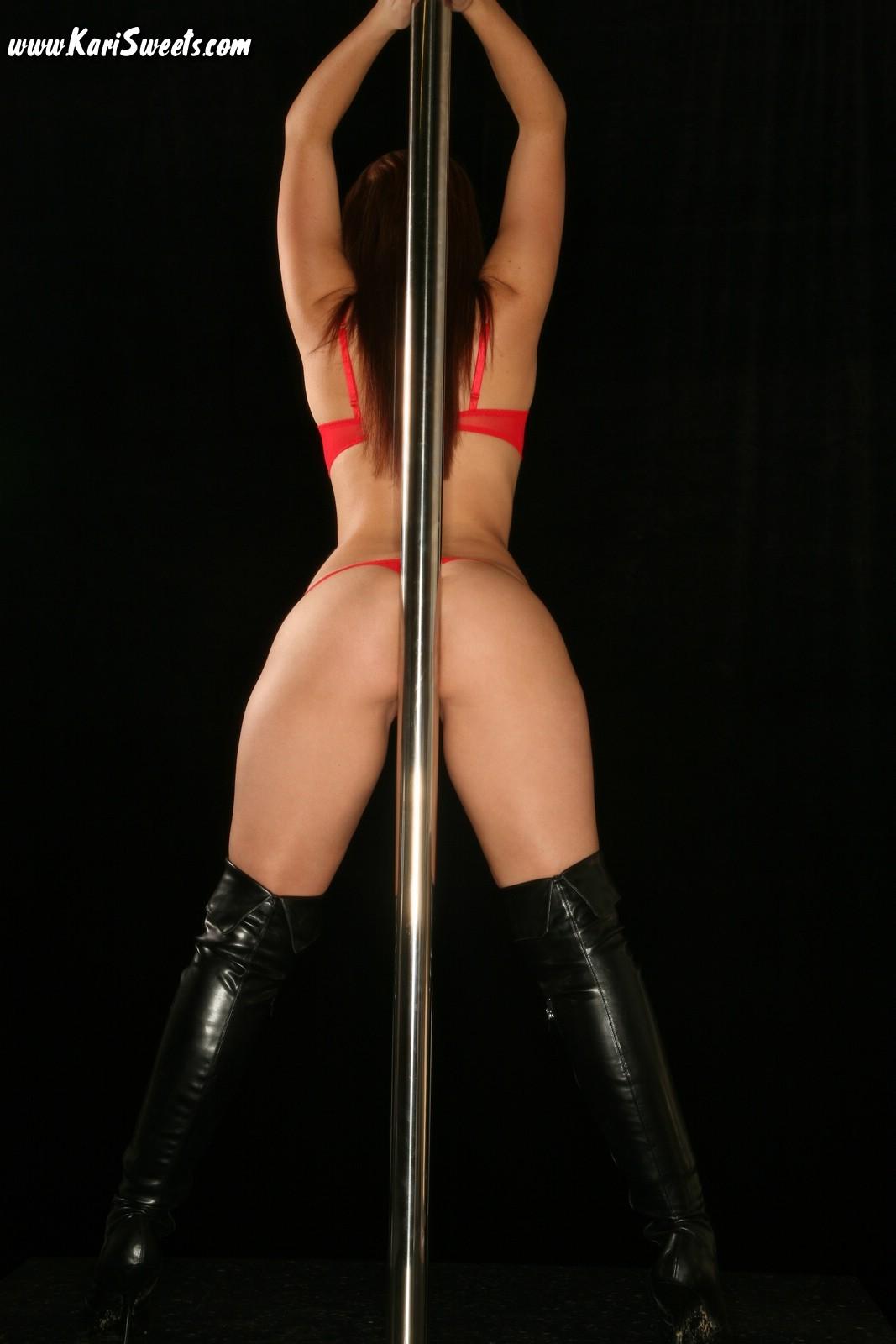 sexy girls pole dance